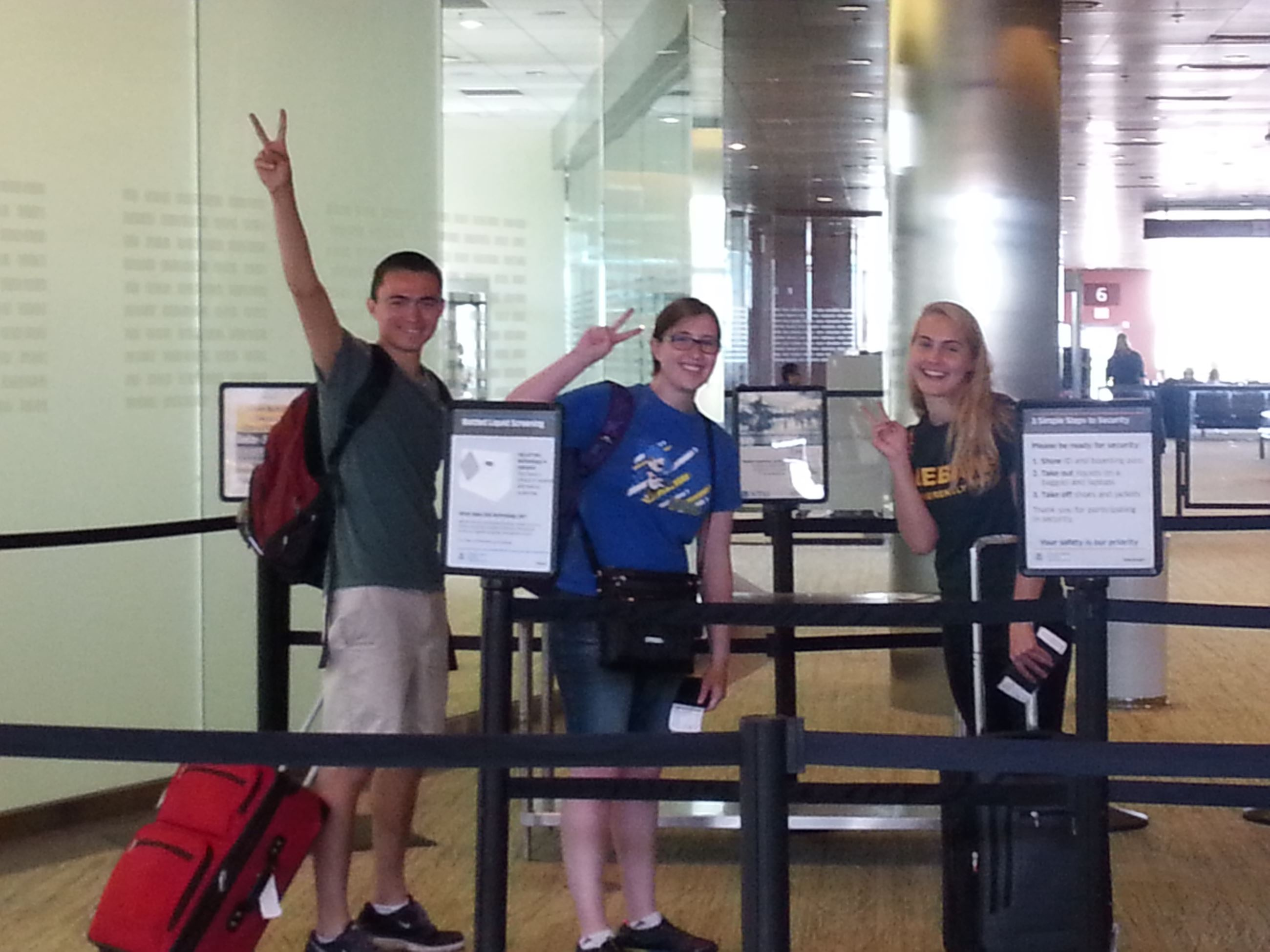 Students arriving in Japan